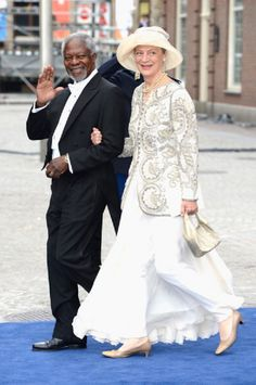 Kofi Annan, Ghanaian diplomat and his wife Maria Anna at the Inauguration of King Willem Alexander of the Netherlands