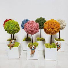 Moss Wall Art, Moss Art, Diy Flowers, Paper Flowers, Garden Ideas To Make, Cement Art, Moss Garden, Tree Sculpture, Backyard For Kids