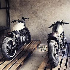 Honda Custom cafe racer by Relic motorcycles Cafe Bike, Cafe Racer Motorcycle, Moto Bike, Motorcycle Design, Moto Ducati, Women Motorcycle, Motorcycle Quotes, Motorcycle Helmets, Vintage Motorcycles