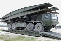 Military Pallets, Boxes and Containers – Part 9 Trucks and Trailers - Think Defence Dump Trucks, Big Trucks, Army Tech, Military Engineering, Royal Engineers, Tank Armor, British Armed Forces, Heavy Equipment, Mining Equipment