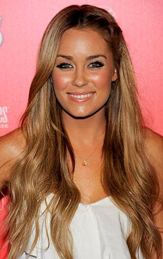 I want this hair color. Love how natural the highlights and lowlights blend with each other.
