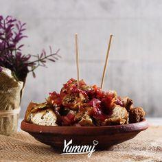 Tahu Gejrot | Yummy Jangan lupa share video ini dan follow @Yummy.IDN @IDNTimes.Video Easy Cooking, Cooking Time, Cooking Recipes, Malay Food, Western Food, Indonesian Food, Diy Food, Food To Make, Food And Drink