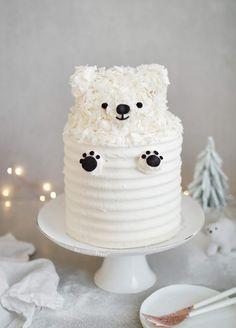 cake - Recipes -Polar bear cake - Recipes -bear cake - Recipes -Polar bear cake - Recipes - Lois the Lamb Mini cake by Whipped Bakeshop Polar bear cake Pretty Cakes, Beautiful Cakes, Amazing Cakes, Bolo Vegan, Vegan Cake, Chocolate Sponge Cake, Chocolate Fondant, Modeling Chocolate, Teddy Bear Cakes