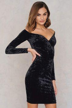 ca7b9bef3e27 BEIGE Na Kd Party Off Shoulder Velvet Dress