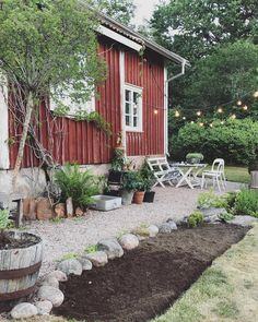rock garden Carina Olander on Instagra - gardencare Outdoor Spaces, Outdoor Living, Outdoor Decor, Hygge, Dream Garden, Home And Garden, Deco Champetre, Backyard Landscaping, Landscaping Ideas
