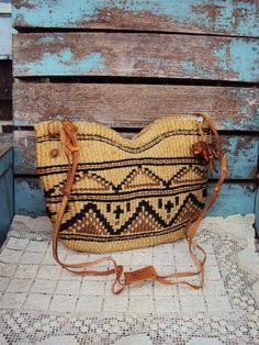 Vintage Woven Jute Bag Purse Sisal Bag Boho by primitivepincushion