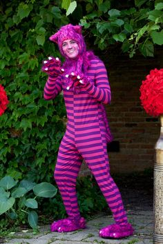 Alice in Wonderland-Halloween costume ideas.  Become a Cat Daddy with this Cheshire Cat men's adult costume.