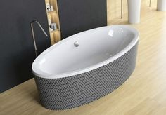 Cada ovala de baie, model Mesara de la producatorul Radaway disponibila cu dimensiuni de 190x96cm, fabricata din acril 100%, culoare alb. Bathtub, Bathroom, Model, Standing Bath, Washroom, Bathtubs, Bath Tube, Full Bath