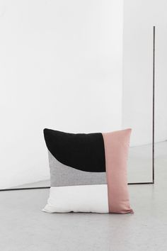 EDIZIONE ZERO is a capsule collection of cushions born from a visual and conceptual research on the artistic production of Abstraction-Création group, active in the. Modern Pillows, Diy Pillows, Decorative Pillows, Throw Pillows, Designer Pillow, Pillow Design, Textiles, Upholstery Cushions, Scatter Cushions