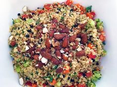 Pretty much my best kept food secret. This delicious vegan wholefood salad takes nutrition to the max. Share it with your friends and family today. Brown Rice Salad, Mama Recipe, Doterra, Fried Rice, Delicious Food, Whole Food Recipes, Crowd, Plant Based, Nasi Goreng