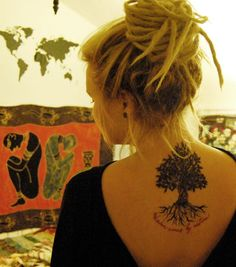 Lebensbaum Tattoo Frauen