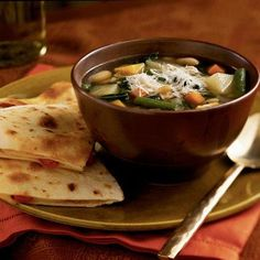 Quick Fall Minestrone   Make the most of fall produce like butternut squash and kale in this hearty vegetarian soup. Pasta and beans make it especially filling.