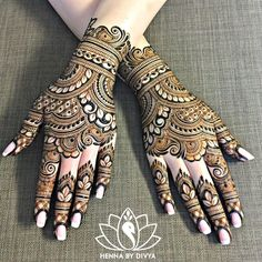 """816 Likes, 15 Comments - Devi Mehndi (@devimehndi) on Instagram: """"Hello everyone! I finally had the time to draw a little something on me. I needed some henna…"""""""