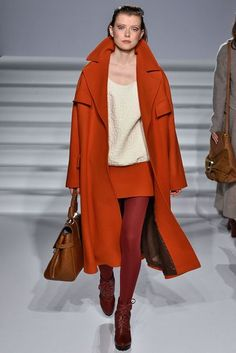 Paul Costelloe Autumn/Winter 2017 Ready to Wear Collection | British Vogue Winter 2017, Fall Winter Outfits, Suits For Women, Fashion Show, Women's Fashion, Ready To Wear, Autumn Fashion, Dress Up, Vogue