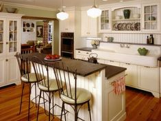 Farmhouse kitchen...check out that vintage sink! by loretta
