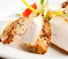 Maybe you have a hankering for good old roasted turkey, but don't have the time it requires to cook a whole turkey. The solution is simple. A roasted turkey breast is just . High Protein Recipes, Diet Recipes, Protein Foods, Turkey Recipes, Chicken Recipes, Easy To Digest Foods, Green Curry Chicken, Garlic Butter Chicken, Maple Chicken