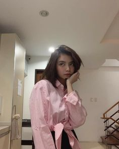 Filipina Beauty, Aesthetic Girl, Ulzzang Girl, Celebrity Crush, Trinidad, Babe, Ruffle Blouse, Kpop, Celebrities