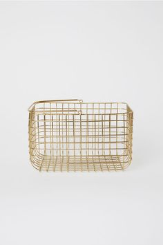 Control clutter with our eye-catching storage solutions. Take your pick from chunky woven jute, rustic wood and delicate wire or tactile linen and canvas. Towel Storage, Storage Baskets, Bag Storage, Wall Mounted Wire Baskets, Baskets On Wall, Metal Wall Decor, Wooden Wall Art, Jute, Large Wire Basket