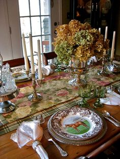 Love the way she used the Spode Woodland makes it less fall looking great for other seasons. Far Above Rubies: Ralph Lauren-inspired Spode Woodland Fall Table, Thanksgiving Table, Thanksgiving Traditions, Christmas Kitchen, Country Christmas, Dresser La Table, Spode Woodland, Equestrian Decor, Equestrian Style