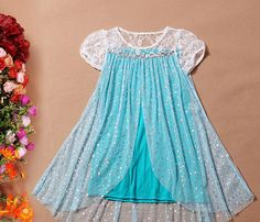 Elsa inspired dress - I like it because it doesn't seem like it would be super hot like all the mega-tulle dresses out there Robes Disney, Disney Dresses, Girls Dresses, Flower Girl Dresses, Short Sleeve Dresses, Baby Dress, Dress Up, Frozen Outfits, Frozen Elsa Dress