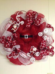 Deco Mesh Wreath - Santa HoHoHo Mesh Christmas Tree, Christmas Wreaths For Front Door, Christmas Deco, Holiday Wreaths, Christmas Crafts, Wreath Crafts, Diy Wreath, Santa Wreath, Wreath Ideas