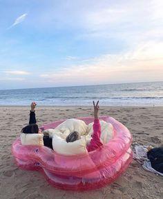 Bff, Besties, Best Friend Pictures, Friend Photos, Summer Feeling, Summer Vibes, Summer Dream, Summer Fun, Summer Beach