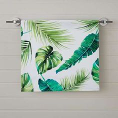 Digitally printed with a bright and bold tropical leaf design in varying green shades, this hand towel has been crafted from cotton complete with a soft ha. Tropical Bedrooms, Tropical Bathroom, Tropical Decor, Bathroom Green, Bathroom Ideas, Family Bathroom, Jungle Bathroom, Beach Bathrooms, Bathroom Inspo