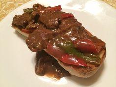 Pepper Steak with Gravy Ground Beef Stroganoff, Creole Seasoning, Pepper Steak, Sirloin Steaks, Breaded Chicken, 4 Ingredients, Gravy, Spice Things Up, Roast