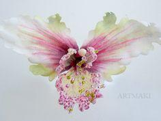 Орхидея из ткани, но можно сделать и из фоамирана