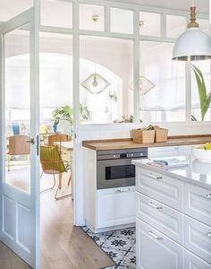 Home Interior Kitchen .Home Interior Kitchen Interior Design Kitchen, Room Interior, Closed Kitchen Design, Interior Windows, New Kitchen, Kitchen Decor, Kitchen Ideas, Kitchen Walls, Kitchen Tile