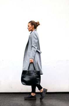 OUTFIT – GREY LONG COAT