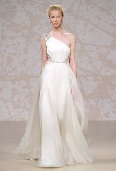 GORGEOUS! Jenny Packham can do no wrong! Love the goddess look