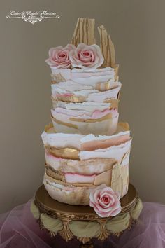 I want to try a torn wafer paper layer cake! So different!