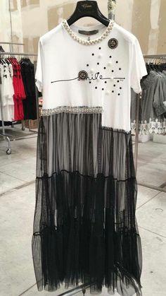 Fashion hijab style shirts 61 ideas for 2019 – Hijab Fashion 2020 Fashion Details, Look Fashion, Hijab Fashion, Diy Fashion, Trendy Fashion, Ideias Fashion, Fashion Outfits, Fashion Trends, Fashion Night
