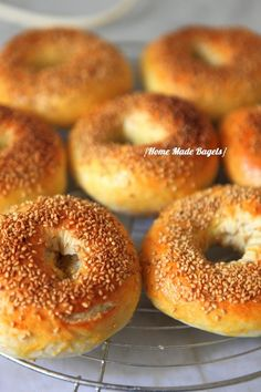 How to make delicious homemade bagels! - Meeting at Mignardises at Mouni, Recipes Site Pizza, Brunch, Homemade Bagels, Masterchef, Beignets, Croissants, Street Food, Love Food, Food Porn