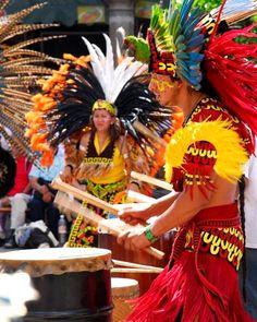 http://www.deguate.com/artman/uploads/35/danza-6.jpg