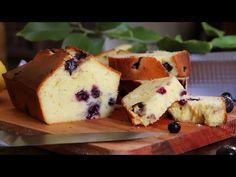 Blueberry Lemon Pound Cake with Yogurt – CUKit! Fudgy Brownie Recipe, Brownie Recipes, La Salette, Crumb Coffee Cakes, Cupcake, Savarin, Graham Cracker Crumbs, Cake Flour, Pound Cake