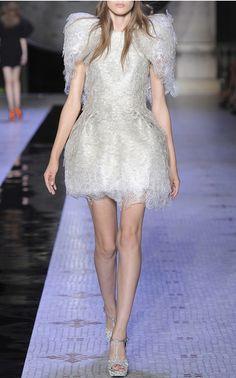 Dice Kayek Couture Fall/Winter 2015 Look 27 on Moda Operandi