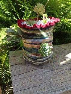 A crochet succulent planter