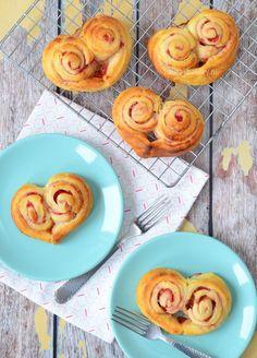 Harten croissants (Laura's Bakery) Croissants, Brunch, Lunch Room, Best Breakfast, Breakfast Ideas, High Tea, I Foods, Food Inspiration, Tapas
