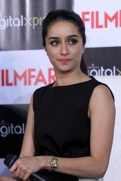 shraddha kapoor filmfare magazine - Google Search Prettiest Actresses, Beautiful Actresses, Indian Celebrities, Bollywood Celebrities, Shraddha Kapoor Cute, Ek Villain, Deepika Padukone Hot, Tammana Bhatia, Sraddha Kapoor