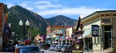 Probably my favorite part about my trip to CO, this tiny little town buried in the Rocky Mountains with the worlds cutest downtown square. Idaho Springs, CO..I can't wait to go back.