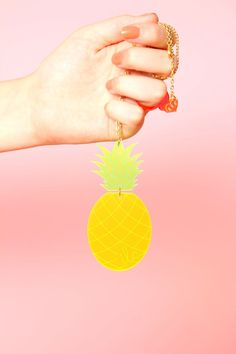 ACCESSORIES | Pineapple necklace