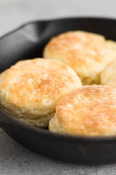 Buttermilk biscuits are a must for weekend brunch! All you need are 6 ingredients and 30 minutes to make these buttery, soft, and flaky buttermilk biscuits from scratch. This quick and easy biscuit recipe makes a small batch of just 6 delicious, homemade biscuits. #buttermilkbiscuits #homemadebiscuits #easybiscuits #biscuitrecipe #smallbatch