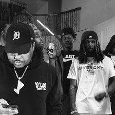 Cute Black Guys, Black Boys, Hip Hop Artists, Male Artists, Marathon Clothes, Dark Skin Men, Asian Doll, Rap Wallpaper, Pastel Wallpaper