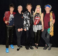 Live At The STAPLES Center, Los Angeles | The Rolling Stones & Gwen Stefani...awesome!!!
