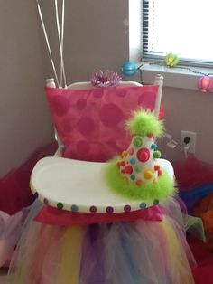 polka dot party high chair