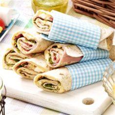 Wraps met ham en eiersalade by carrie Tea Snacks, Snacks Für Party, Lunch Snacks, Taco Wraps, Lunch Wraps, Tapas, Brunch, High Tea Food, Perfect Pizza