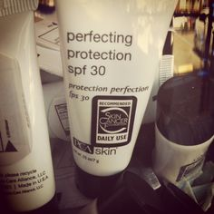 Perfecting Protection SPF 30- trial size