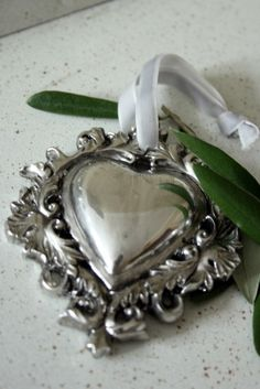 Silver Heart Pendant // I just love this heart !!